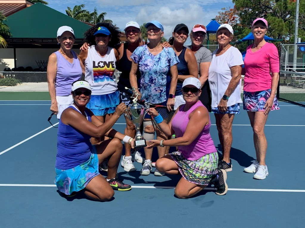 Women with trophy